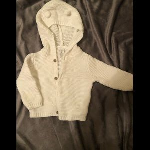 New w/o Tag 6 month (3-6 month) Carter's sweater